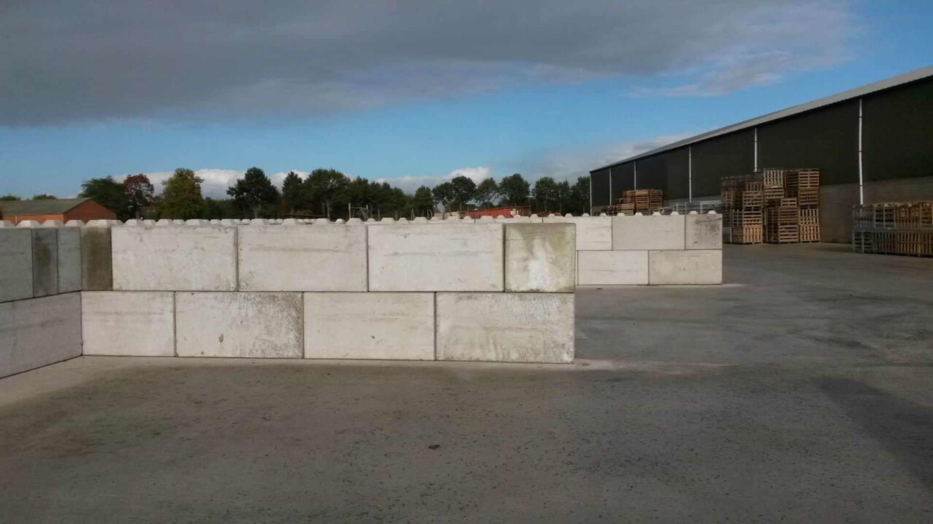 Betonblokken 160x40x80 en 80x40x80 | Project Zundert