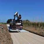 Toegangsweg met betonplaten | Betonplaten 200x200cm leggen