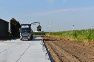 Verhardingen met betonplaten | Betonpad | Betonplaten 200x200cm leggen
