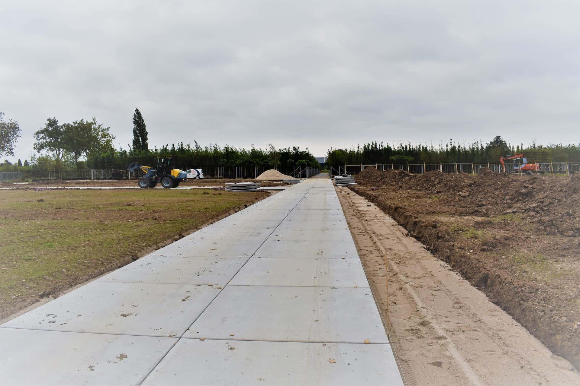 Project kwekerij Opheusden | Betonpad met betonplaten 200x200x.14cm