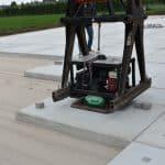 Verlegen von Betonplatten 200x200x.14cm | Projekt Herveld (NL)