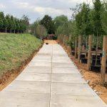 Toegangsweg containerteelt | Betonplaten grove toplaag | De Keij