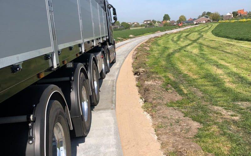 Agriplaten beton | Kavelpaden | Betonplaten leggen | Betonplaat 350x120 | De Keij Betonplaten