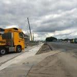 Betonplaten leggen met vrachtwagen | De Keij Betonplaten