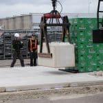 Betonblokken stapelen | Ballast krattenbrug 2020 | De Keij