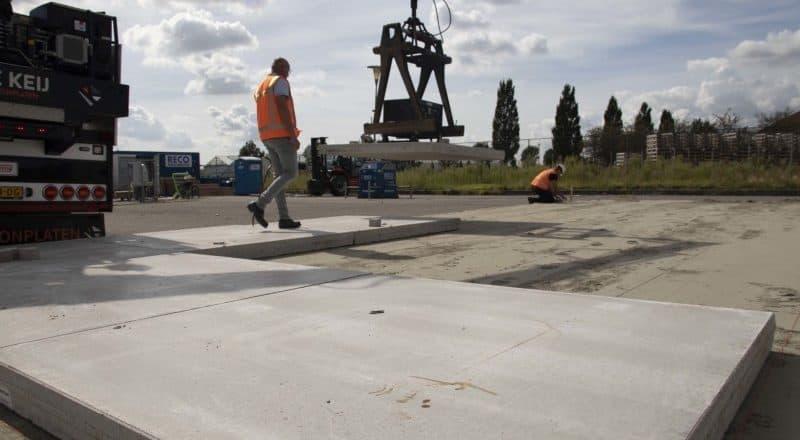 Wie verlege ich Betonplatten? | De Keij