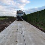 Kavelpad met stroeve betonplaten 200x200 cm | De Keij